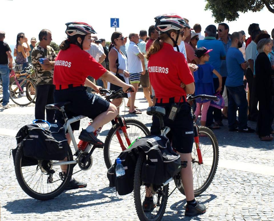 Equipa de Bicicletas dos Bombeiros socorrem vitima de afogamento