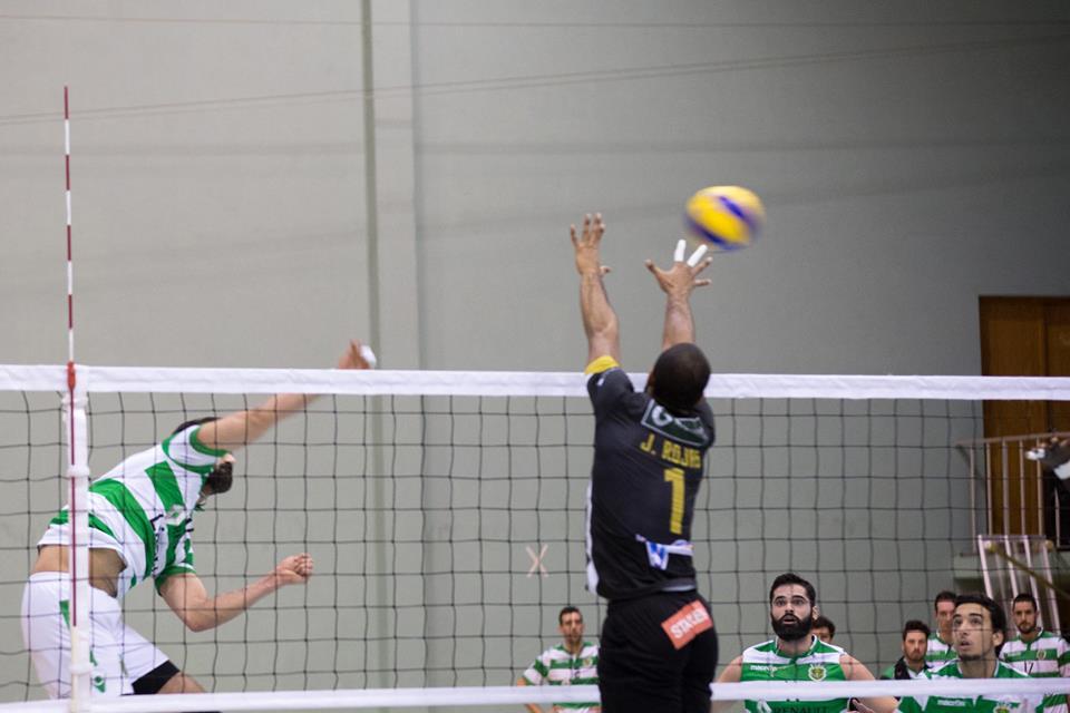 Voleibol: SC Espinho dá a volta