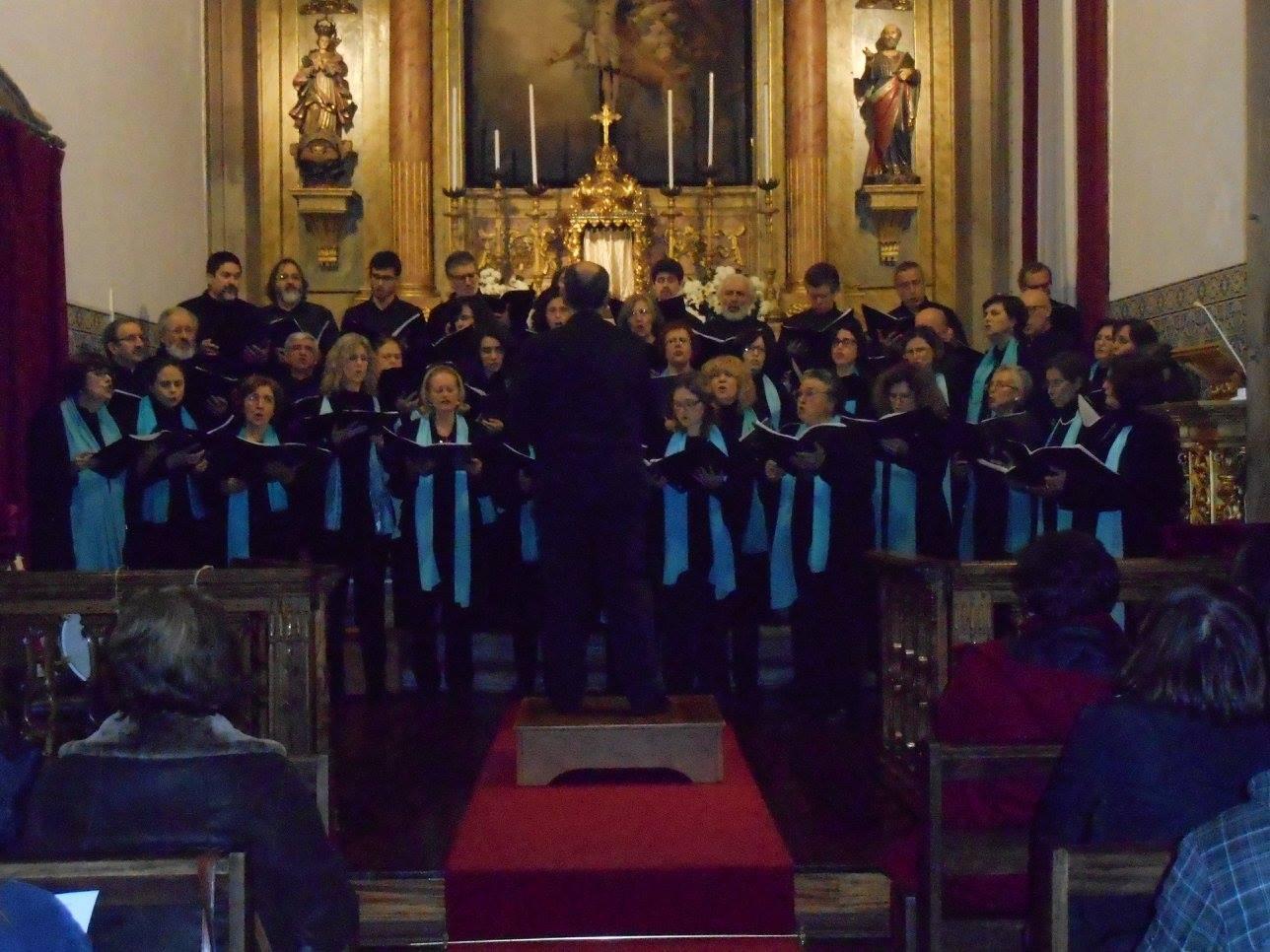 Coro Amigos da Música em Concertos de Reis
