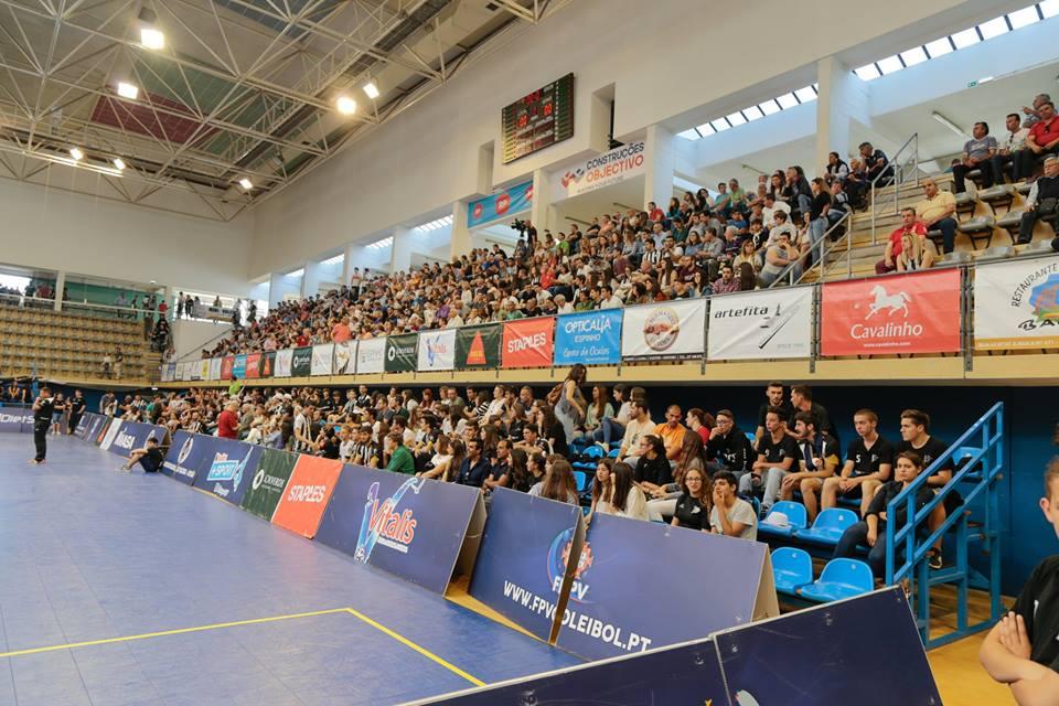 Voleibol: Espinho vence dérbi