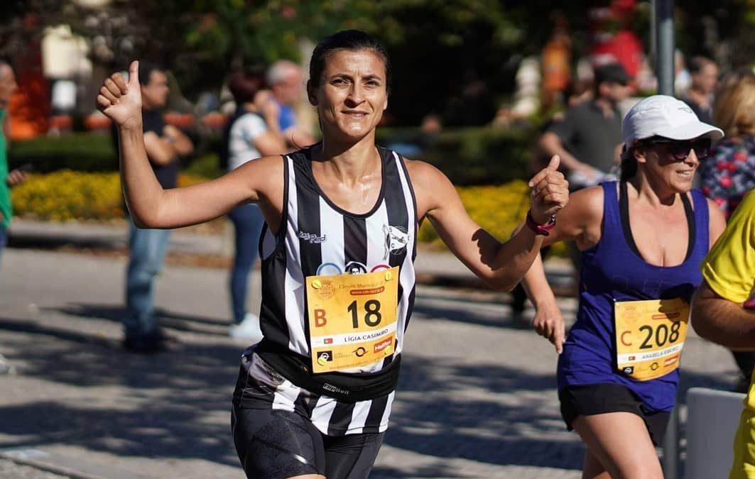 Equipa Feminina do S. C. Espinho/Atletismo António Leitão em destaque