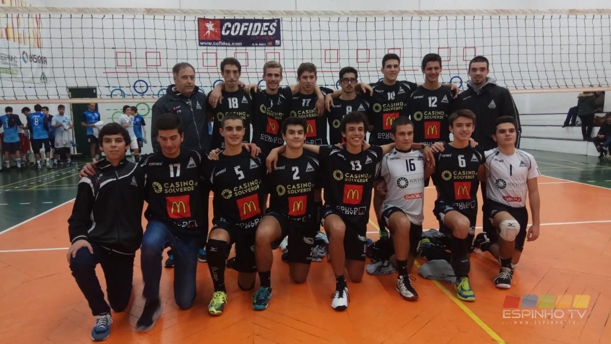 Juniores da A.A. Espinho na Série dos primeiros no Campeonato Regional.