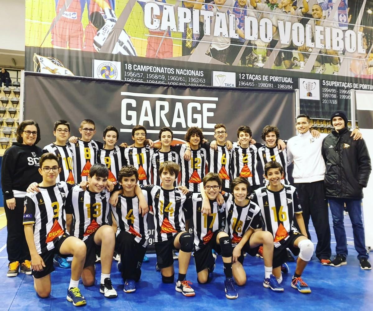 Voleibol: Infantis Masculinos sagram-se Campeões Regionais a duas jornadas do fim!