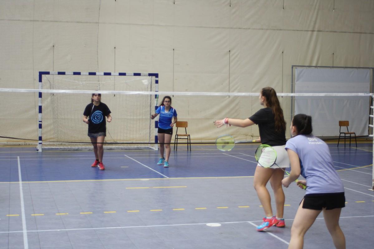 Badminton AAE: Resultados da 5ª jornada Nacional Sénior
