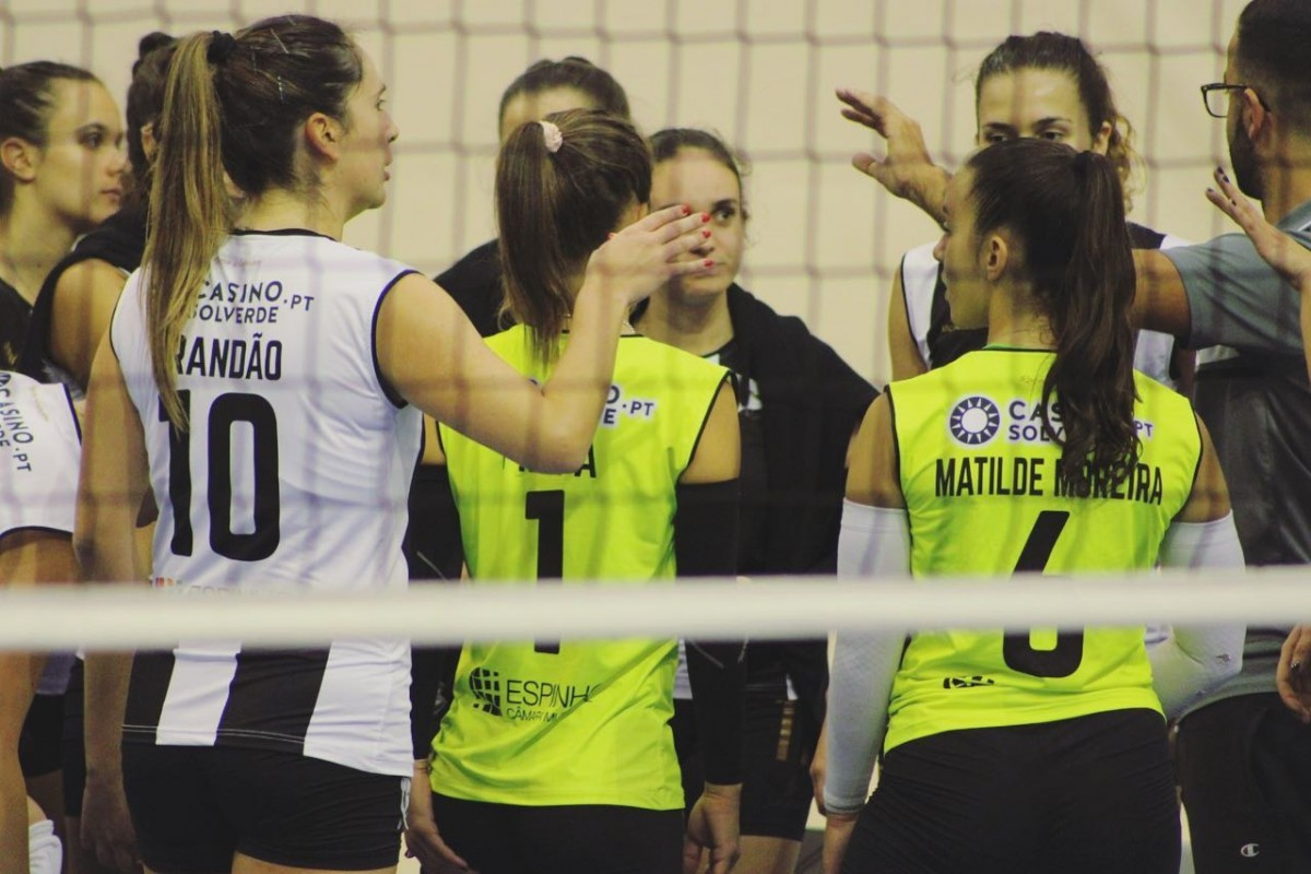 Voleibol: Seniores Femininas estreiam-se na Arena Tigre com vitória